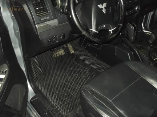 Mitsubishi Pajero (Montero) III и IV вариант макси 3d 2000 - н.в. коврики EVA Smart