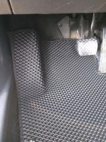 Skoda Superb II 2008 - 2015 коврики EVA Smart